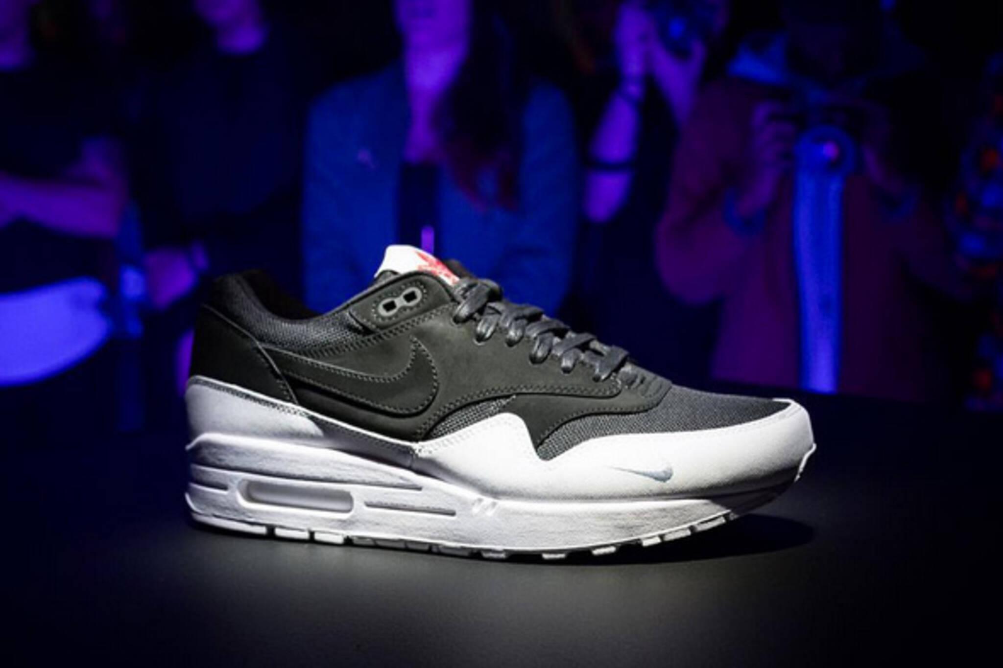 toronto sneaker nike