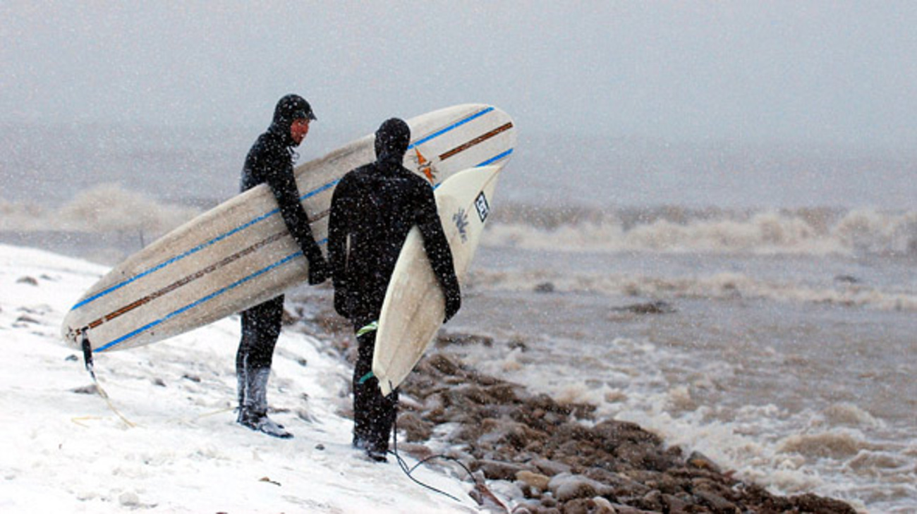 Winter Surfing In Toronto