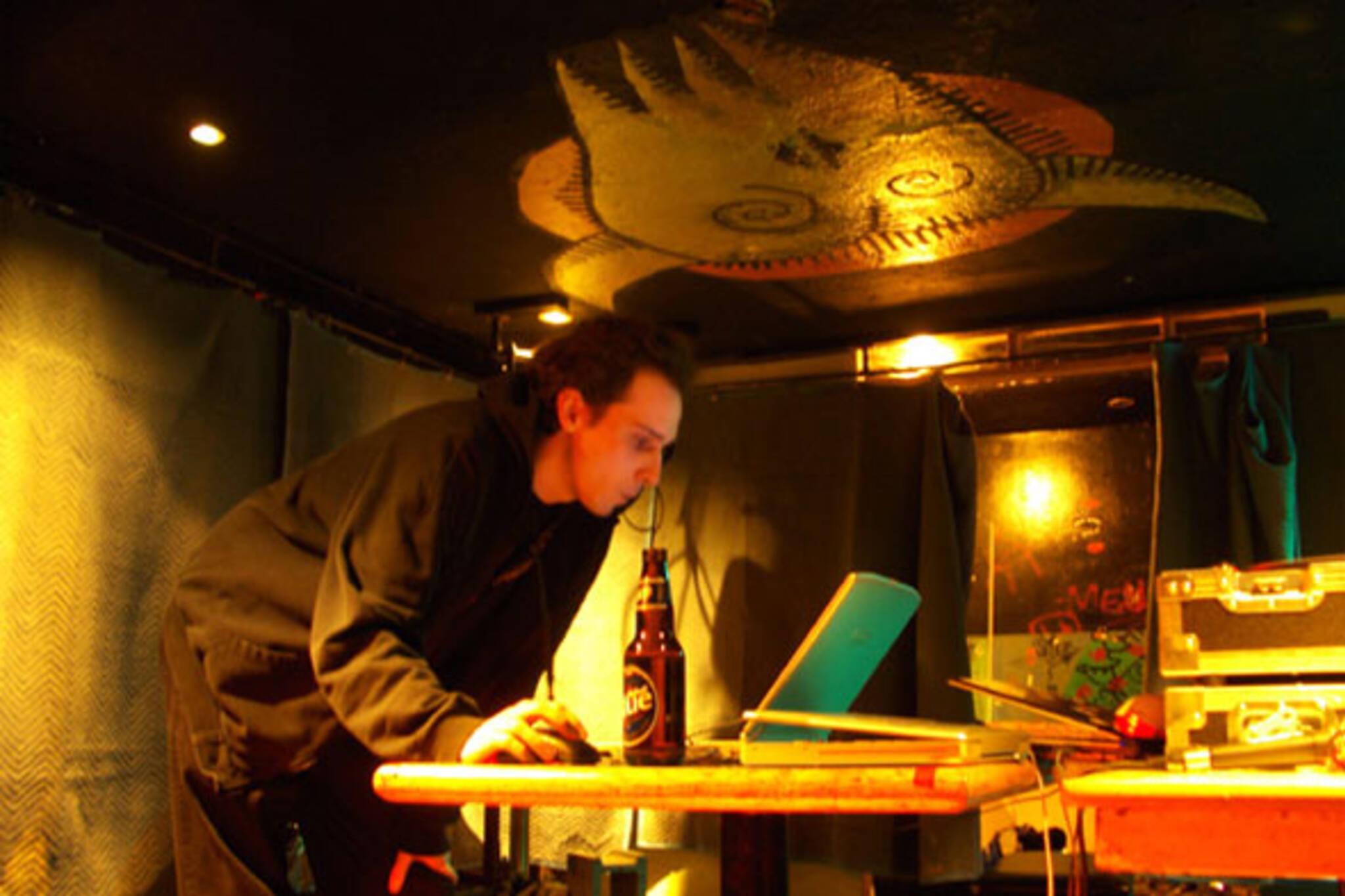 Dan Smith performs as cisc.jpg