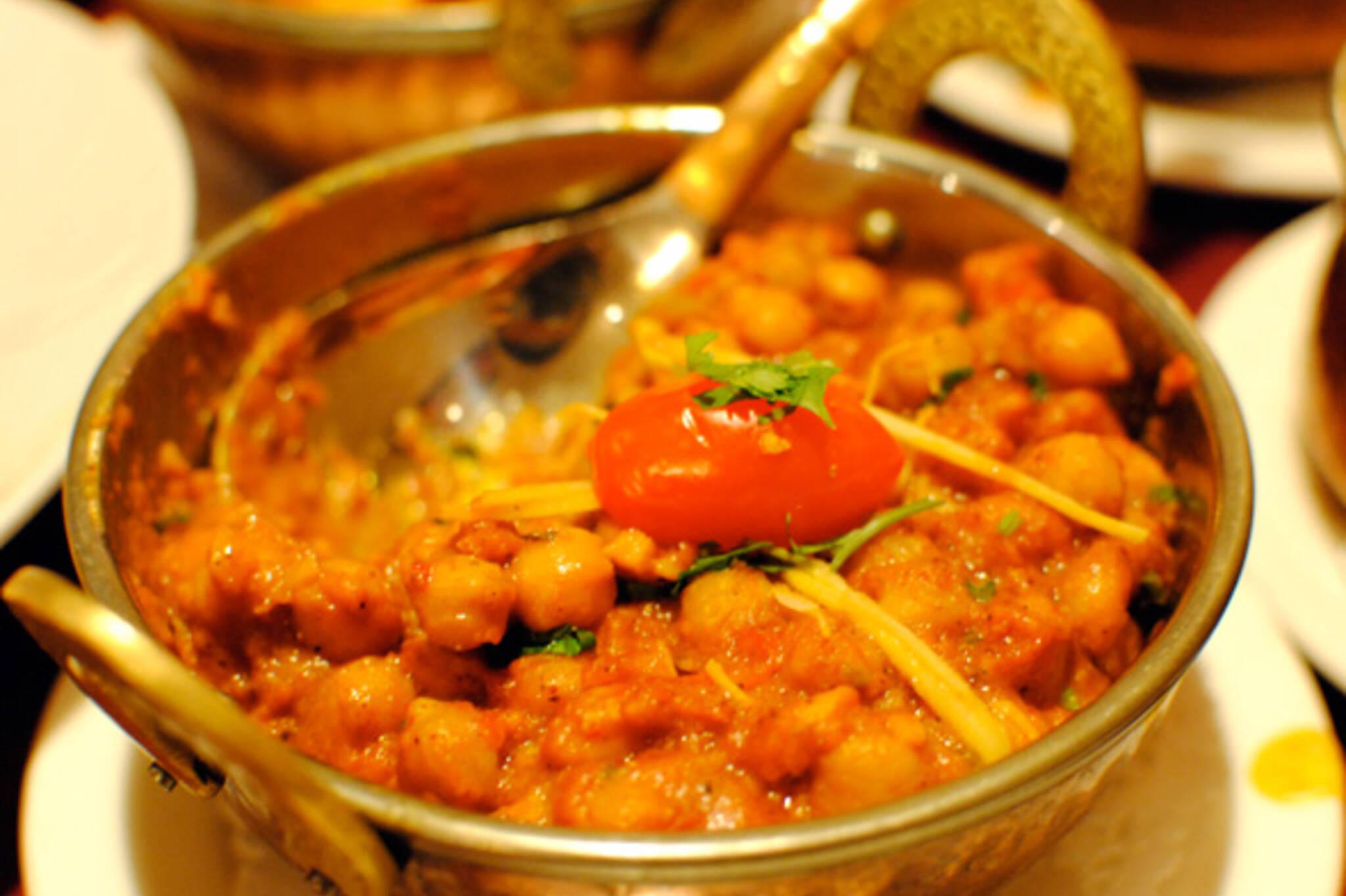 Indian restaurant Avenue Road