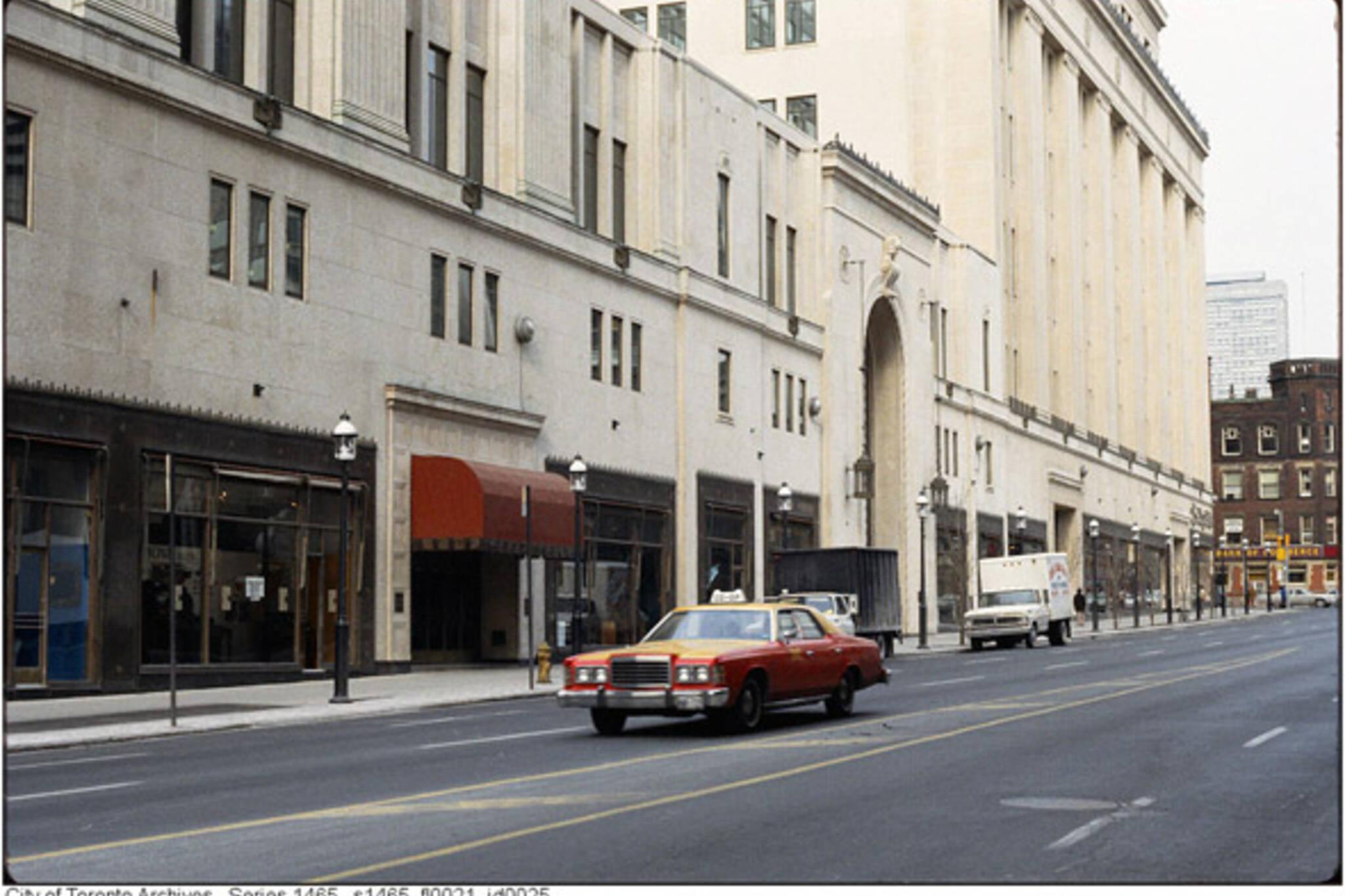 Toronto taxicab history photos