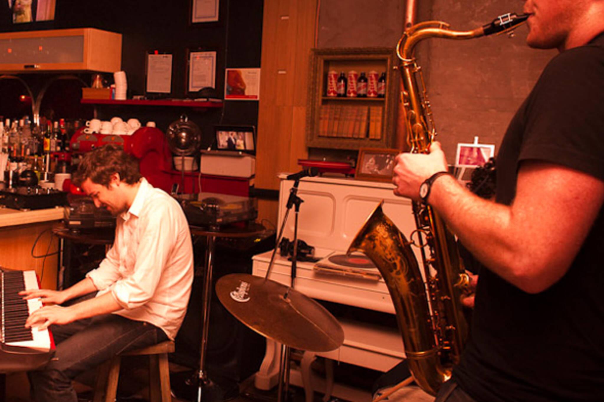 jazz bars toronto