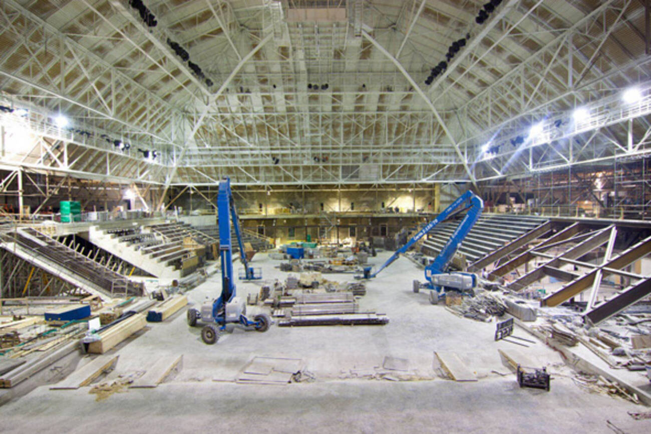 The New Maple Leaf Gardens Takes Shape