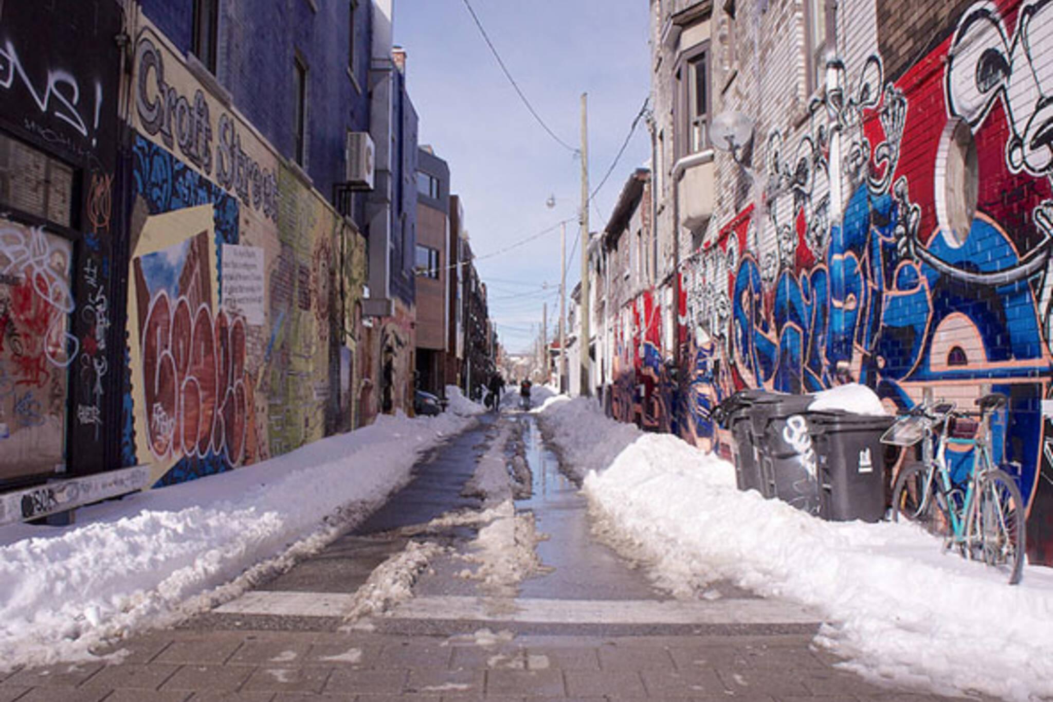 toronto snow alley