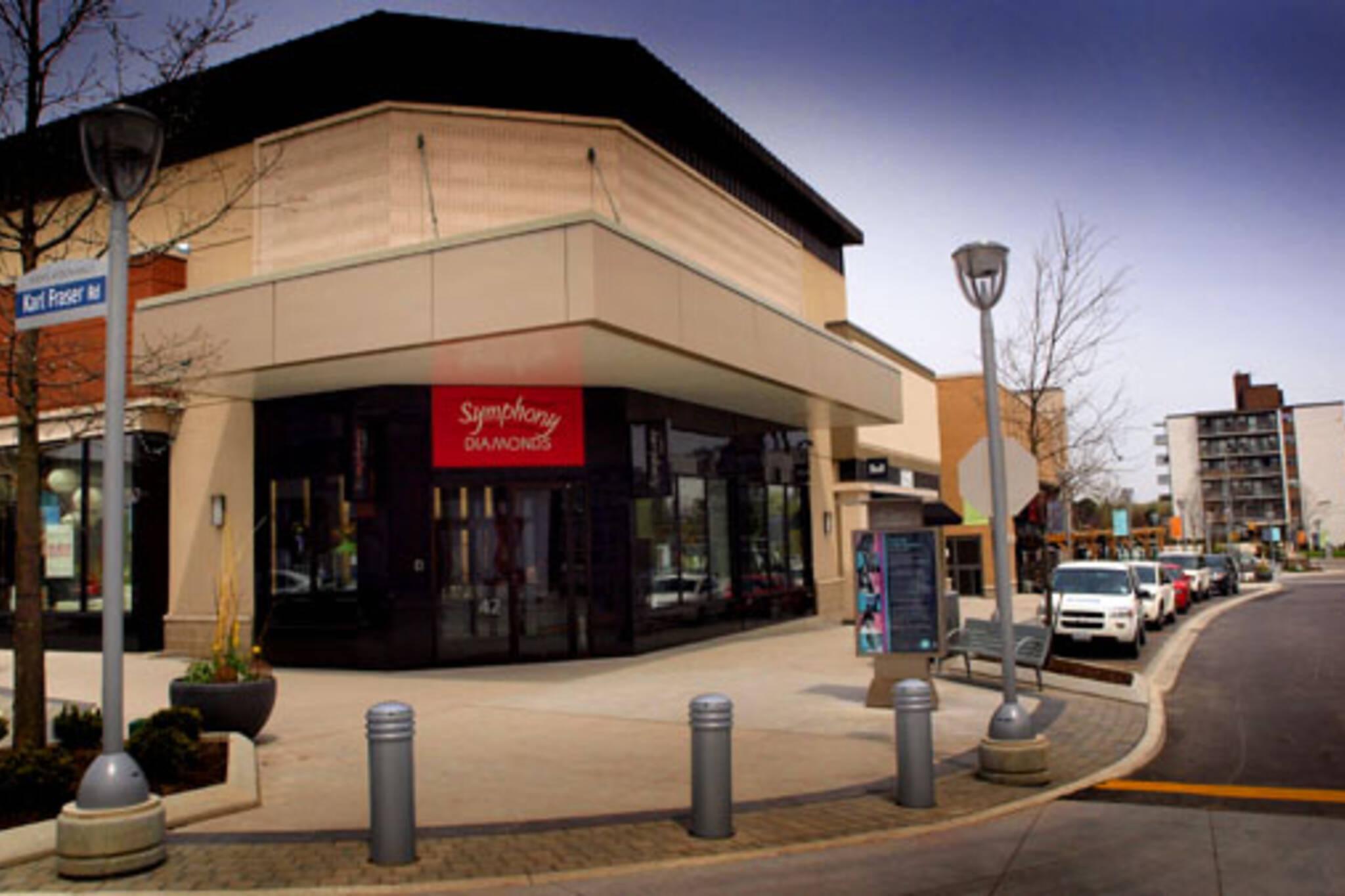 Shops At Don Mills