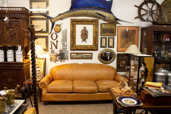 1698 Queen Antiques