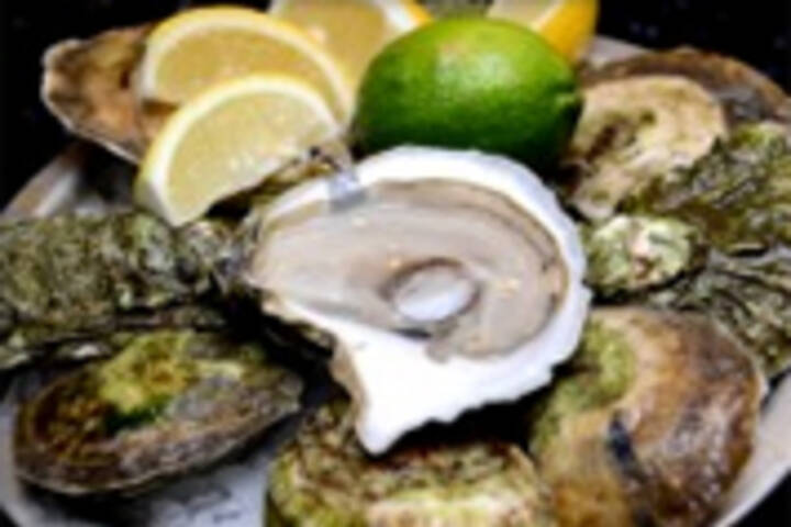 the best oysters in toronto. Black Bedroom Furniture Sets. Home Design Ideas