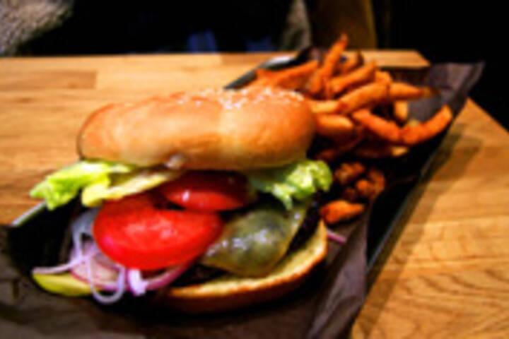 Big Smoke Burger (King West)