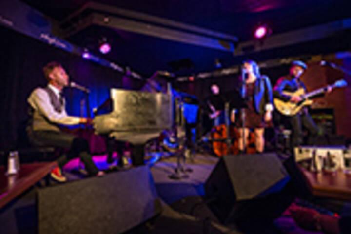 Hugh's Room Live