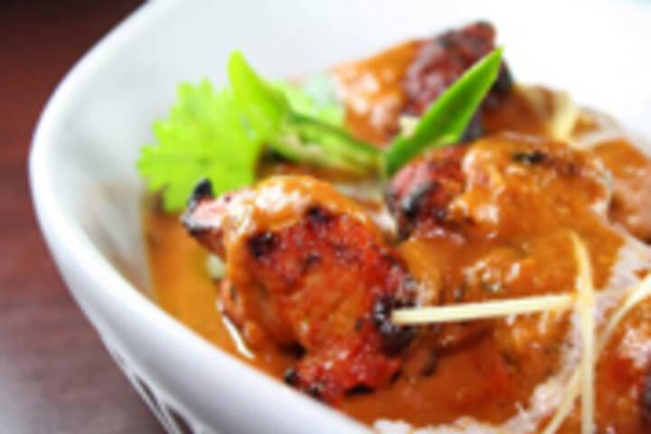 Pak Food Near Halwa Puri