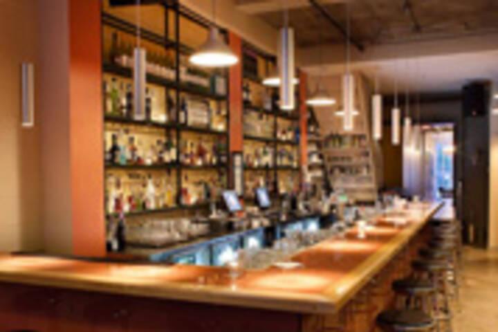 Wayla Bar