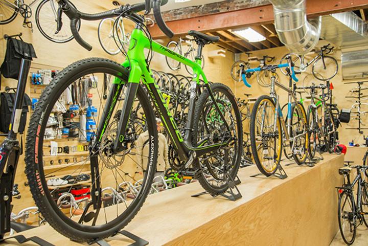 Bikes on Wheels (Dundas West)