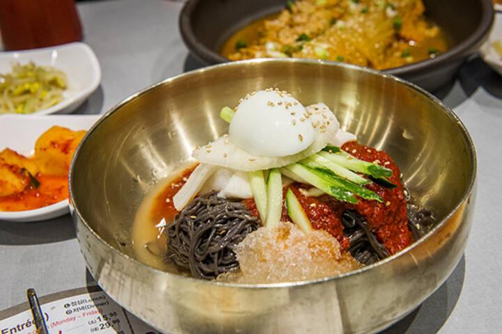 Best Korean Restaurants In Koreatown Toronto