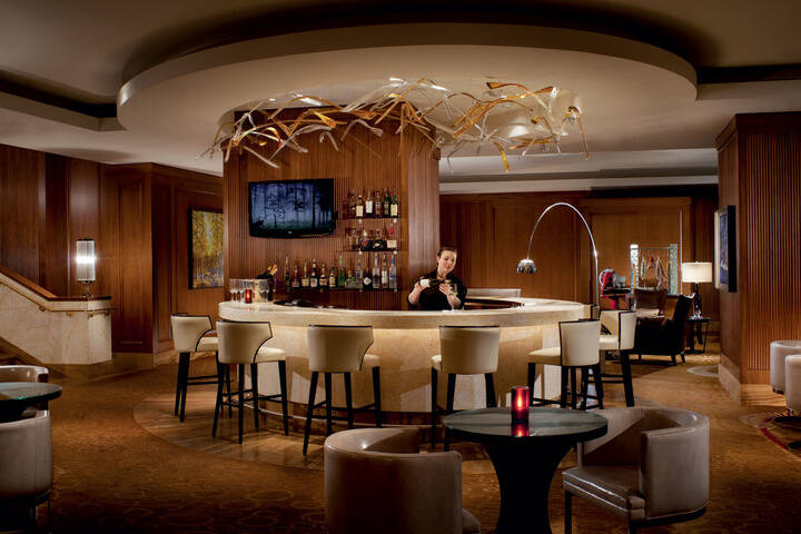 DEQ at the Ritz Carlton