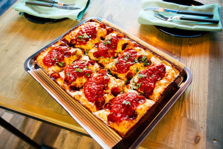 Descendant Pizza