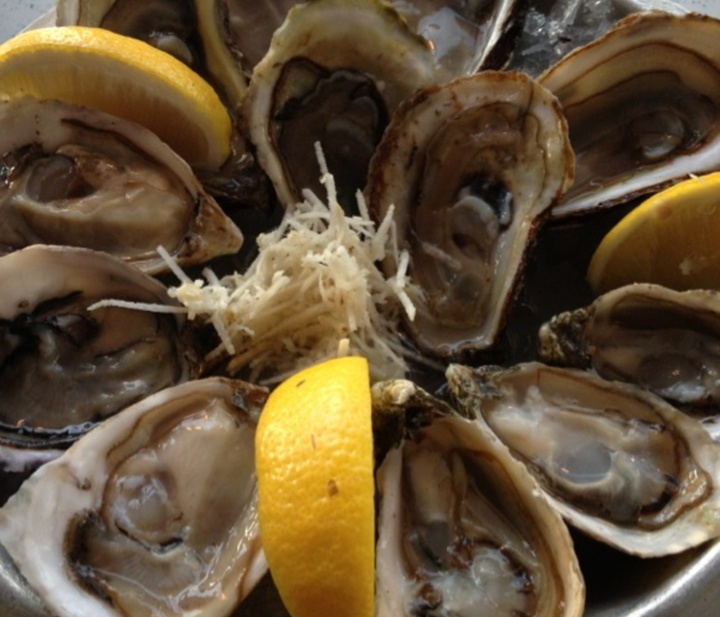 Diana's Seafood Oyster Bar