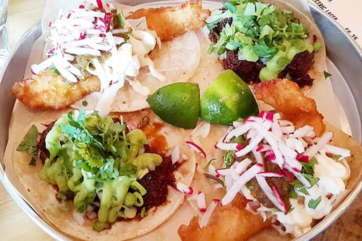 The best fish tacos in toronto for Good fish tacos near me