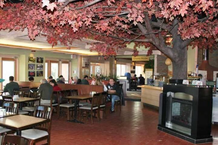 Grenadier Cafe High Park