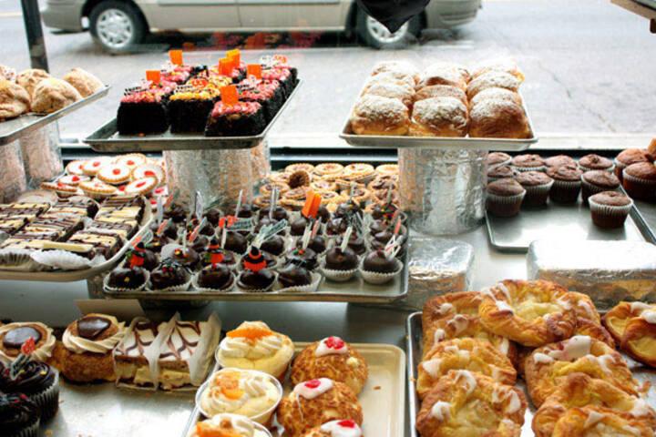 Hansen's Danish Pastry Shop