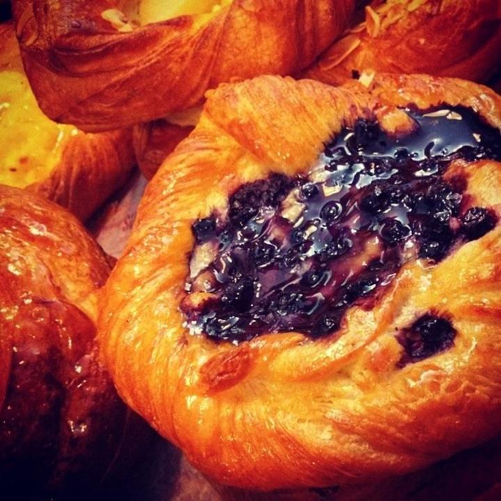 Jules Cafe Patisserie