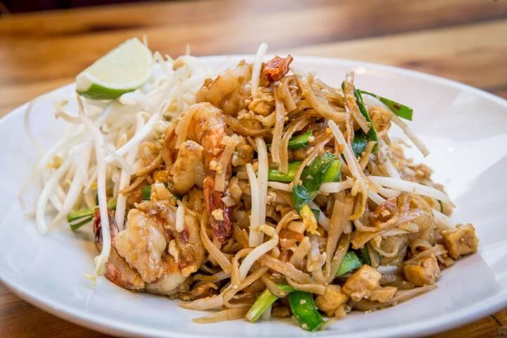 Best Thai Restaurant Toronto Locations