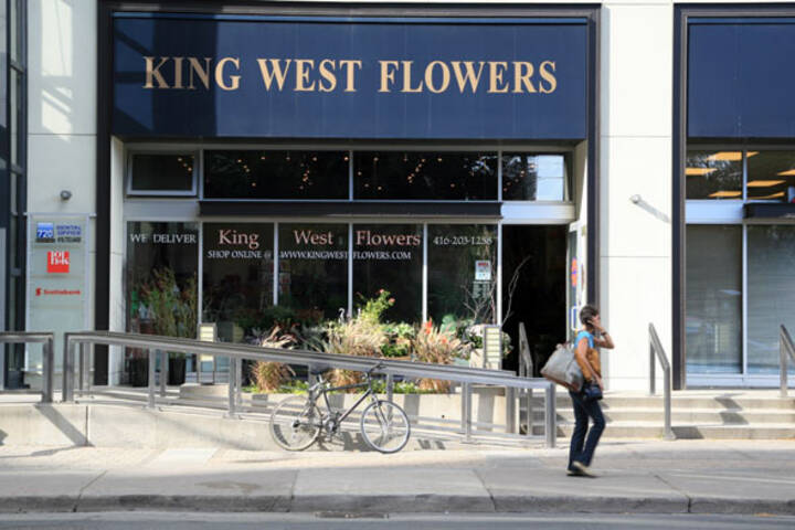 King West Flowers
