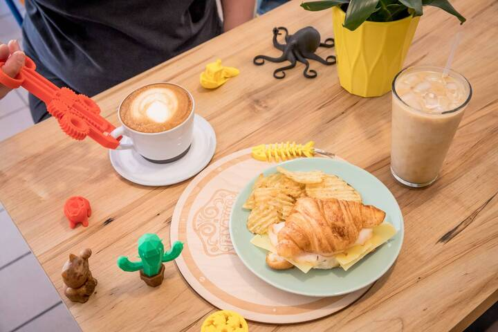 The Maker Bean Cafe