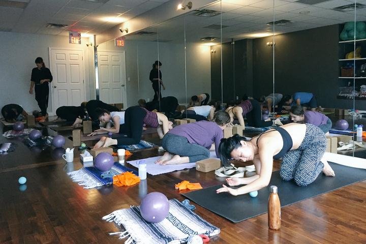 Saana Yoga King West