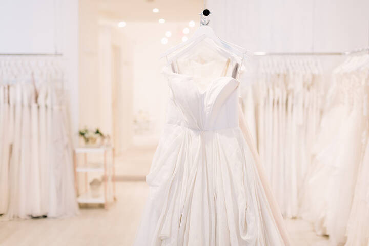 a0ff21f7668e The Best Bridal Stores in Toronto