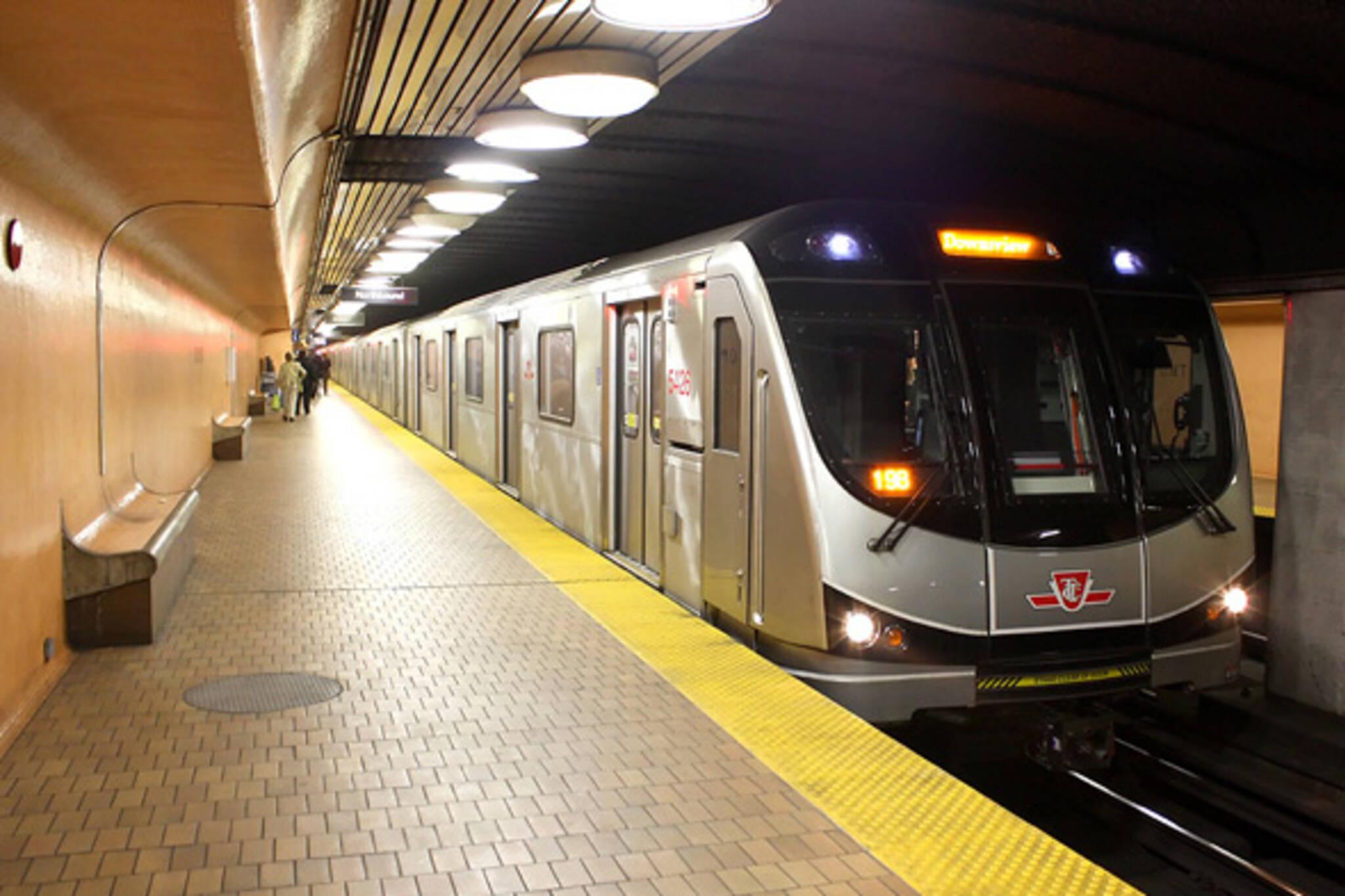 queen street subway
