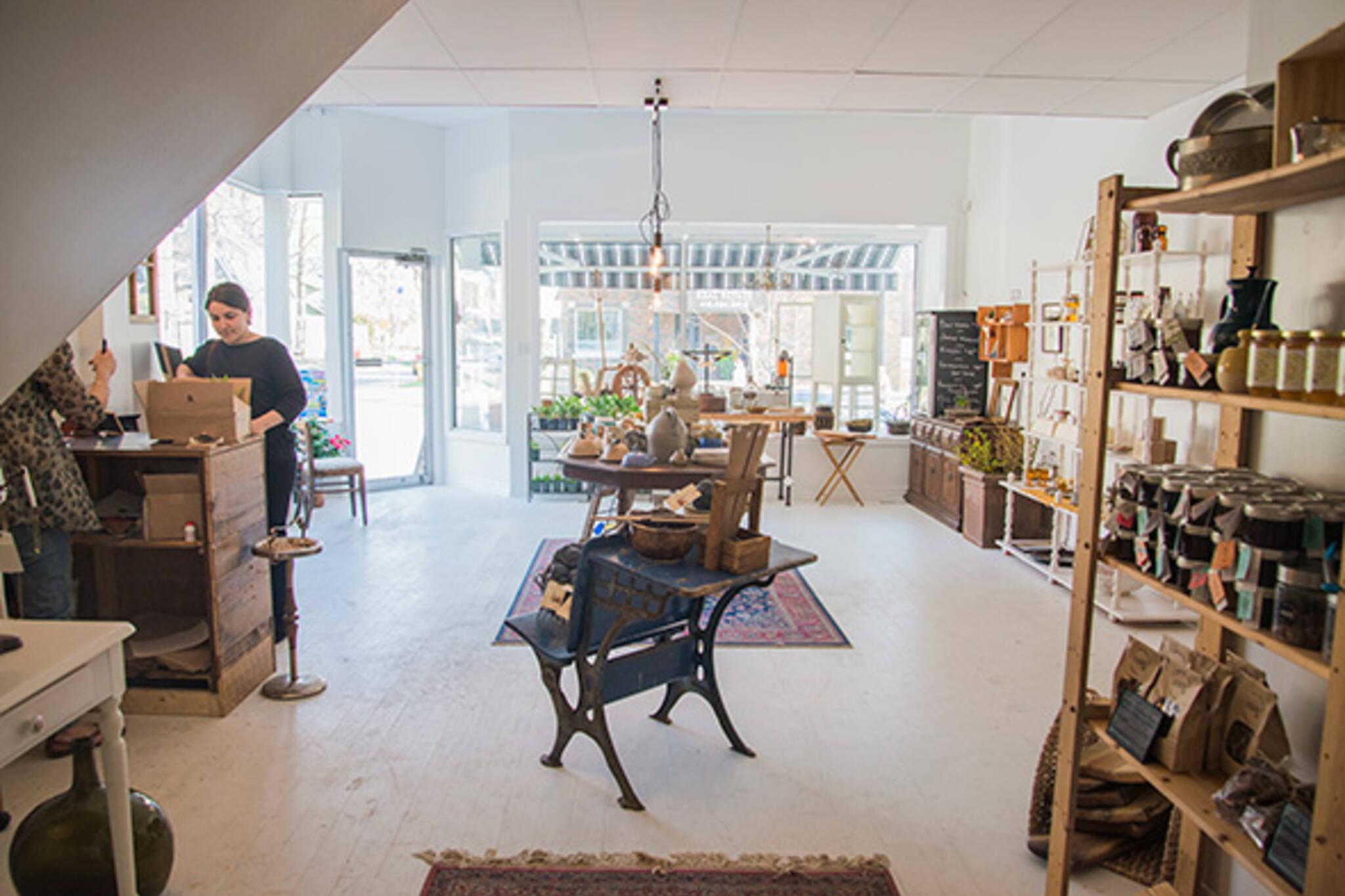 decor toronto stores under radar rowan shopping homespun blogto quality