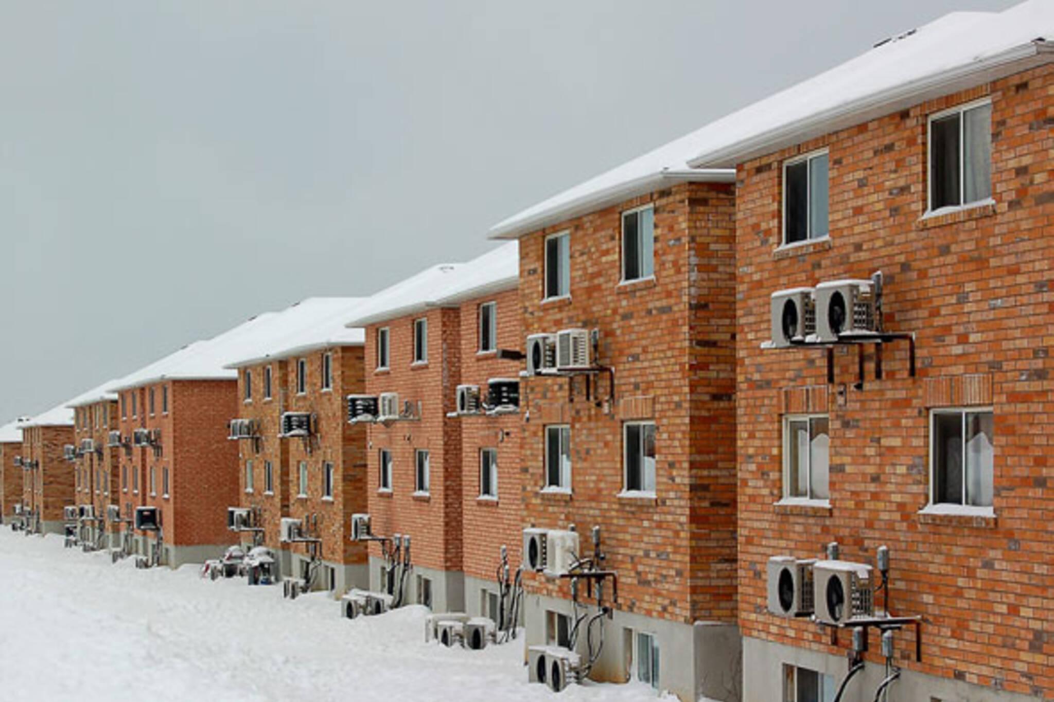 houses on lansdowne
