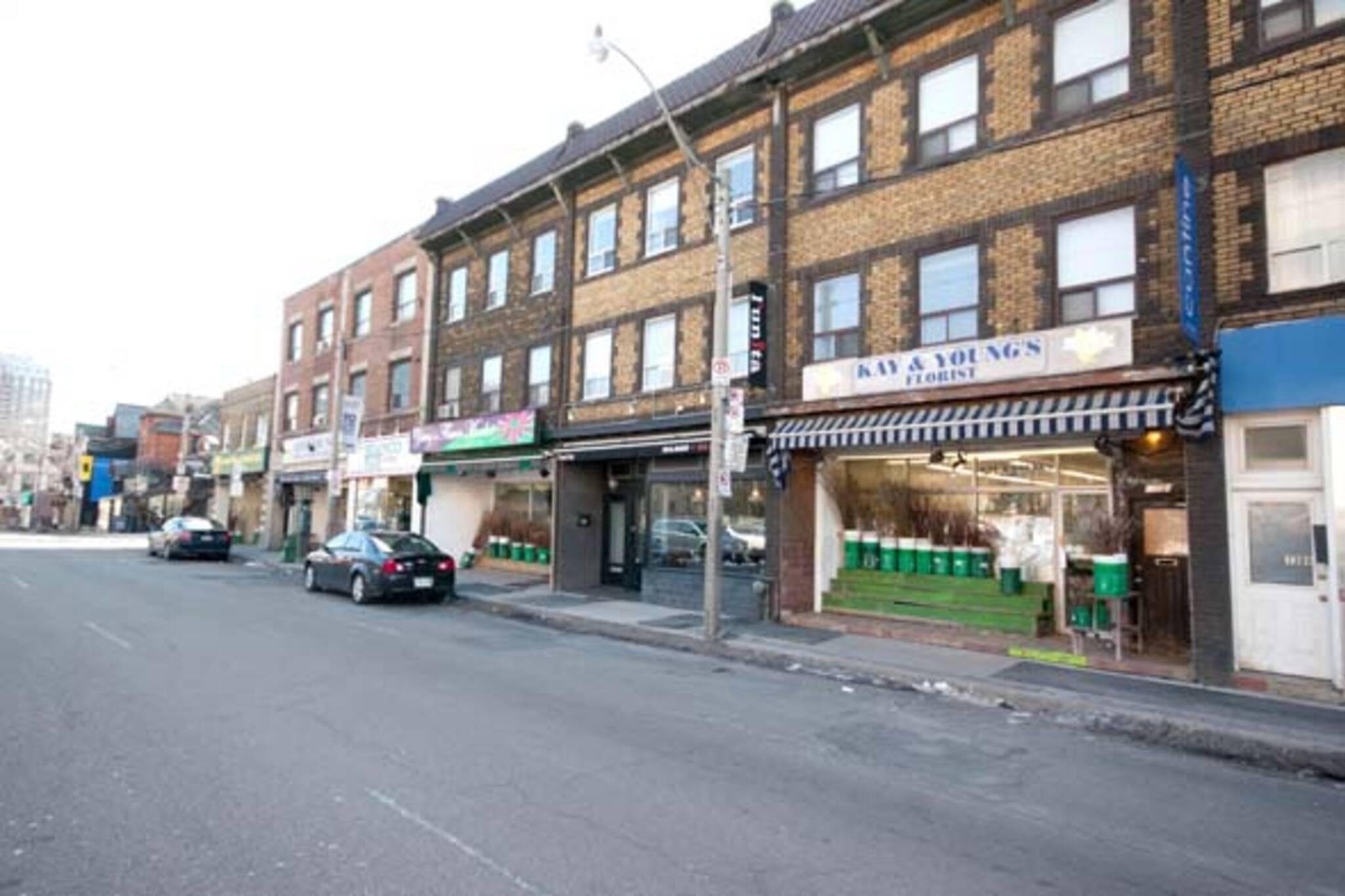Florists Avenue Davenport