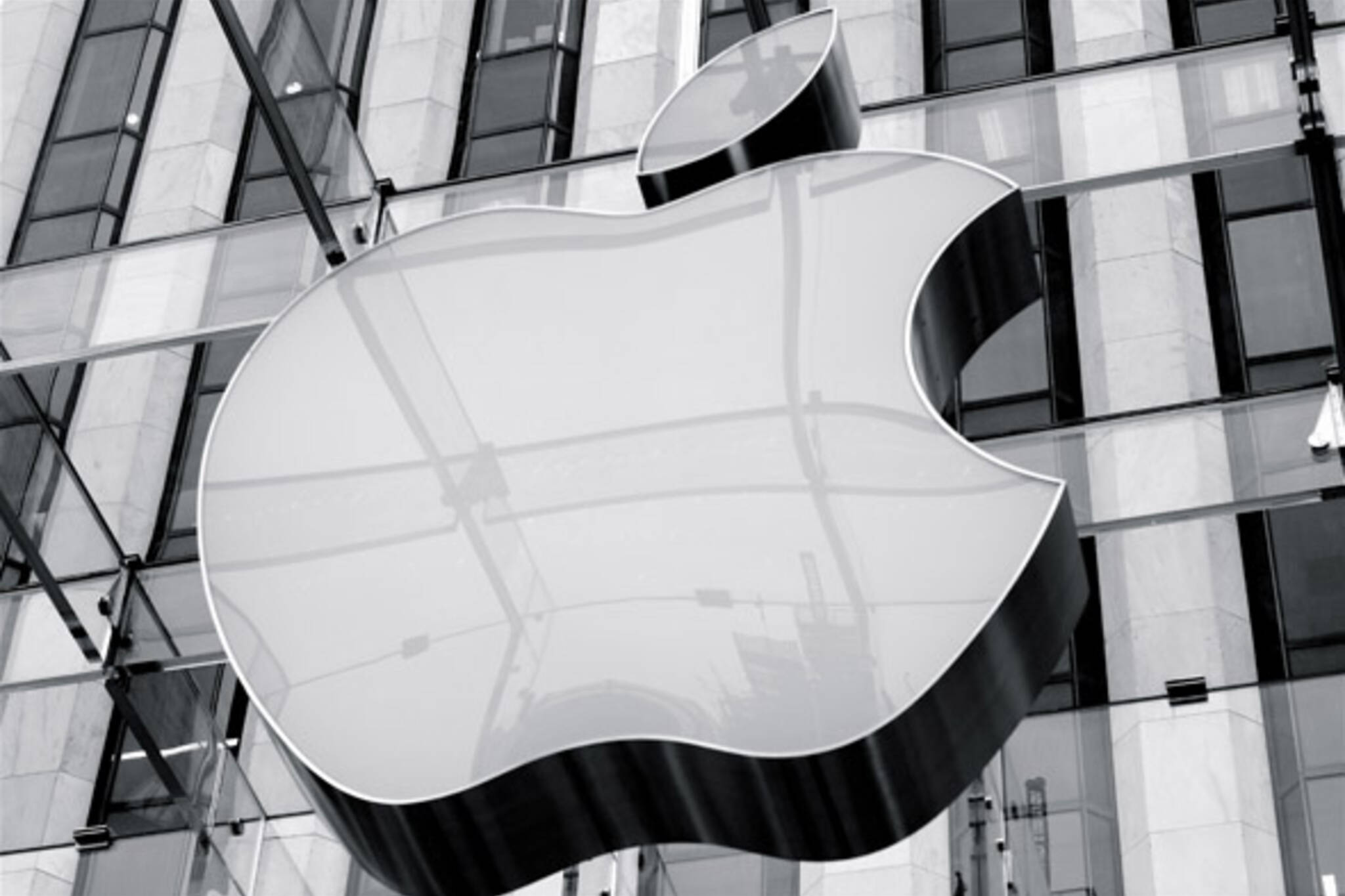 Apple opens new retail store at Fairview Mall in Toronto, Canada