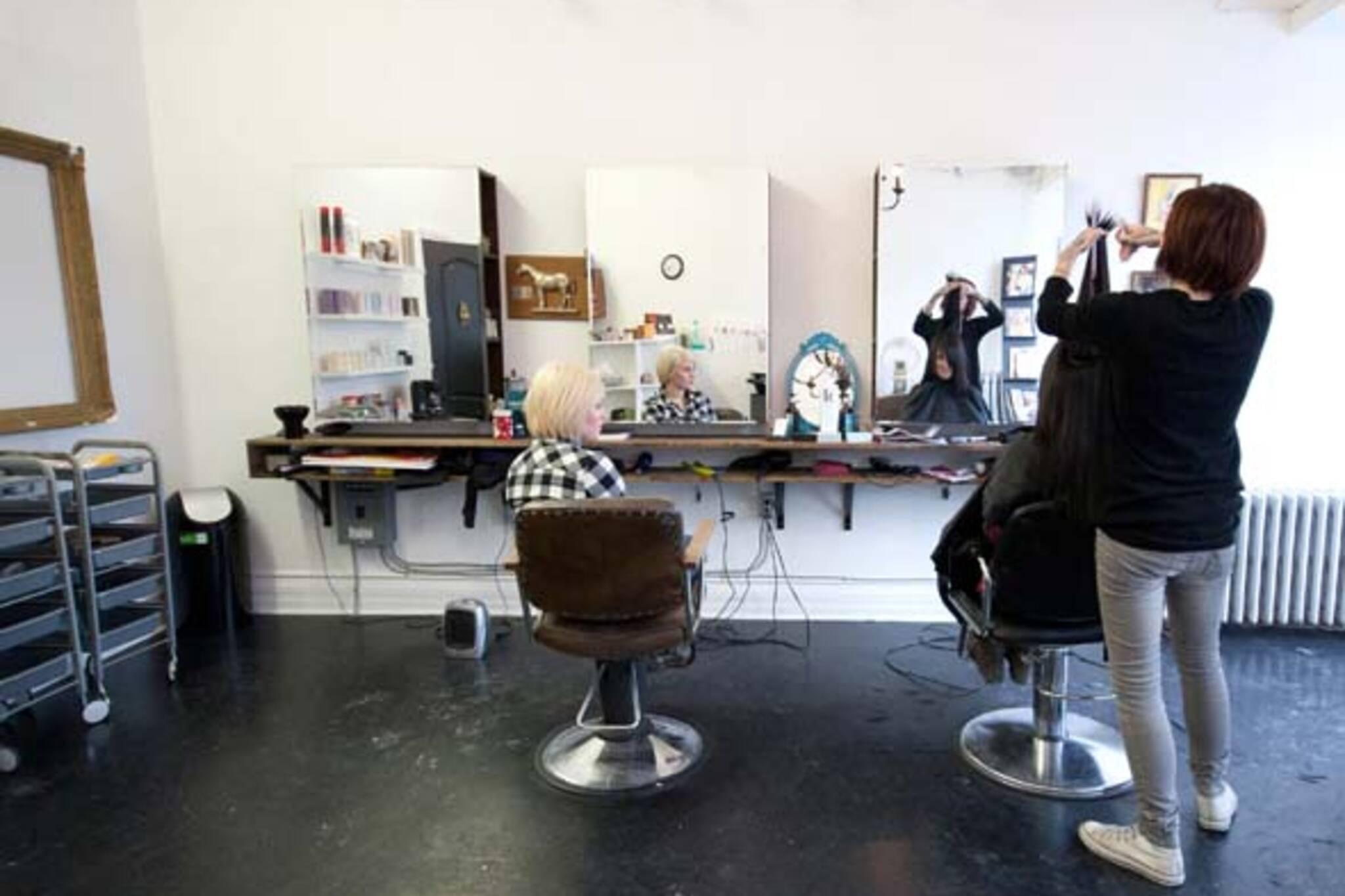 Hair Salon College St