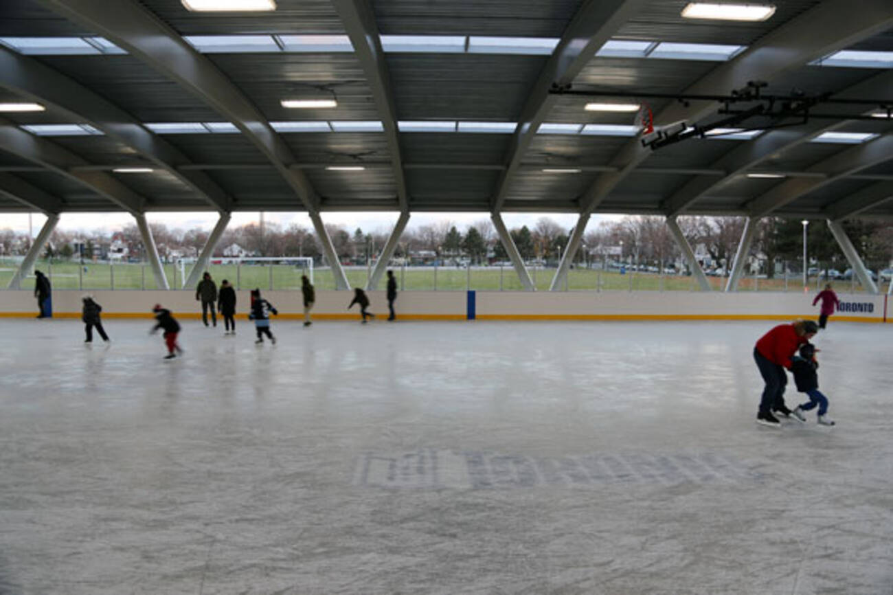 how to build an outdoor ice skating rink