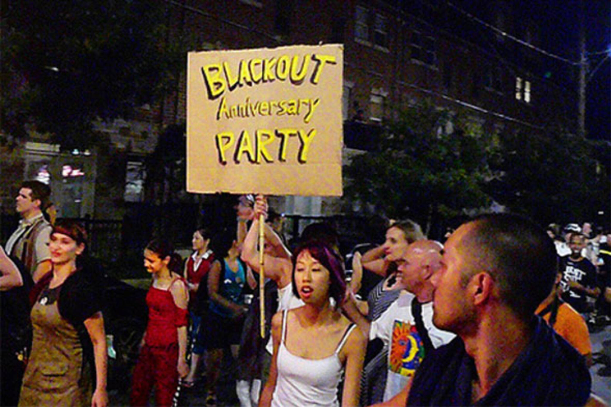 blackout party 2003