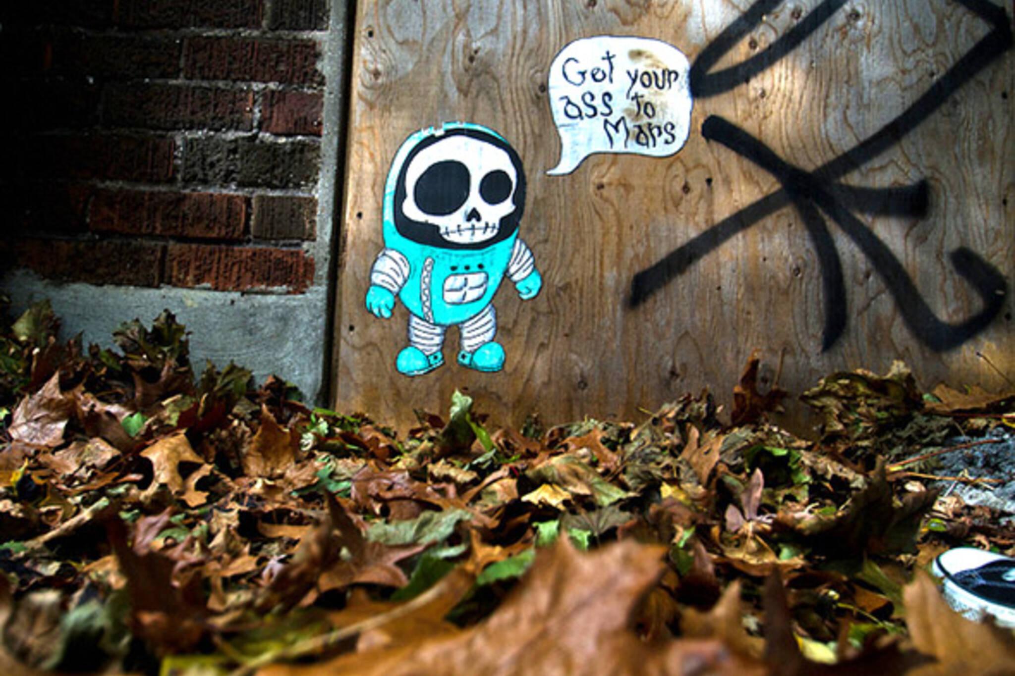graffiti, alley, fall