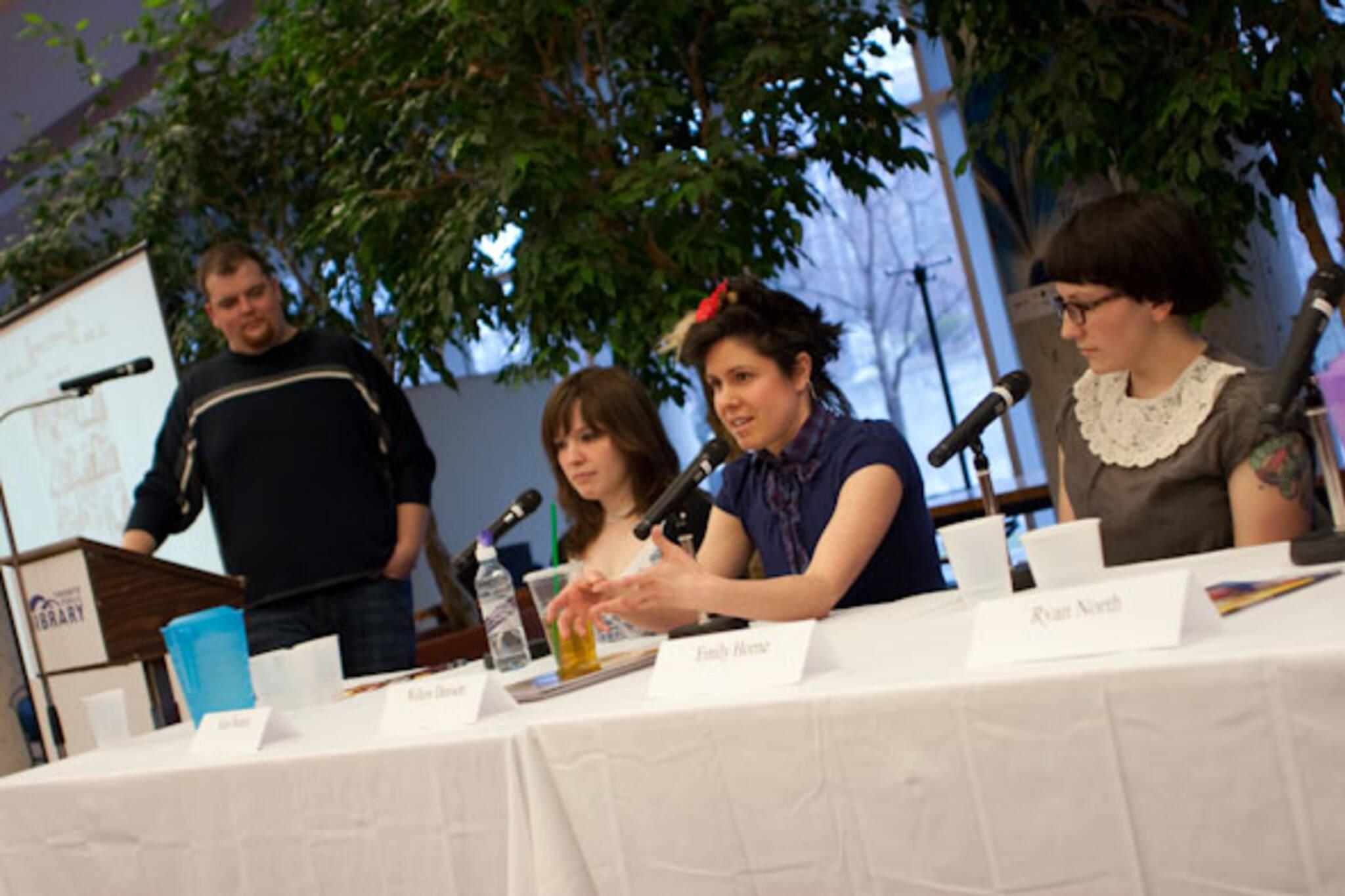 The Talking Webcomics Panel