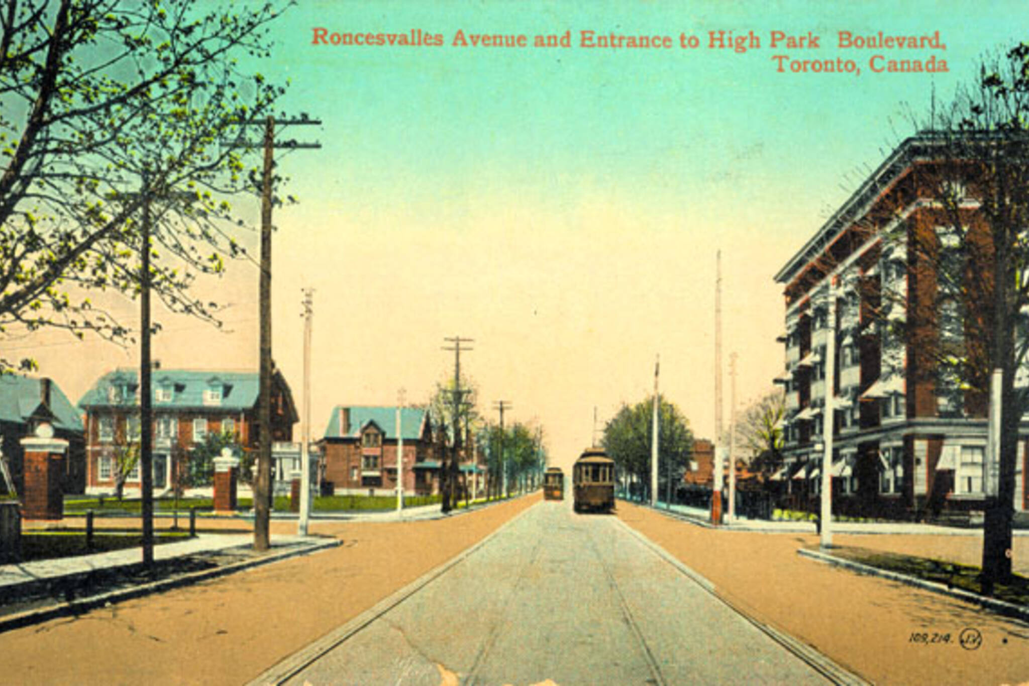 The intersection of Roncesvalles, High Park Boulevard and Fermanagh Avenue, 1914