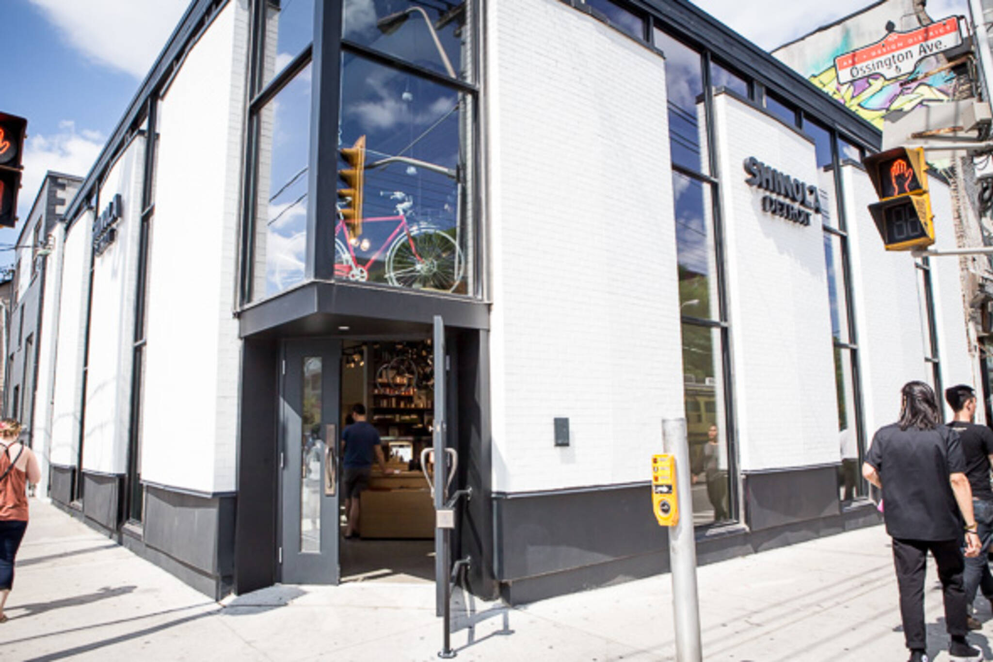 chain stores ossington