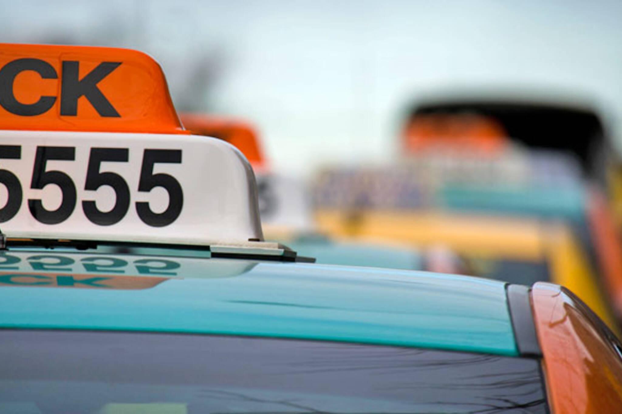 taxi fares toronto