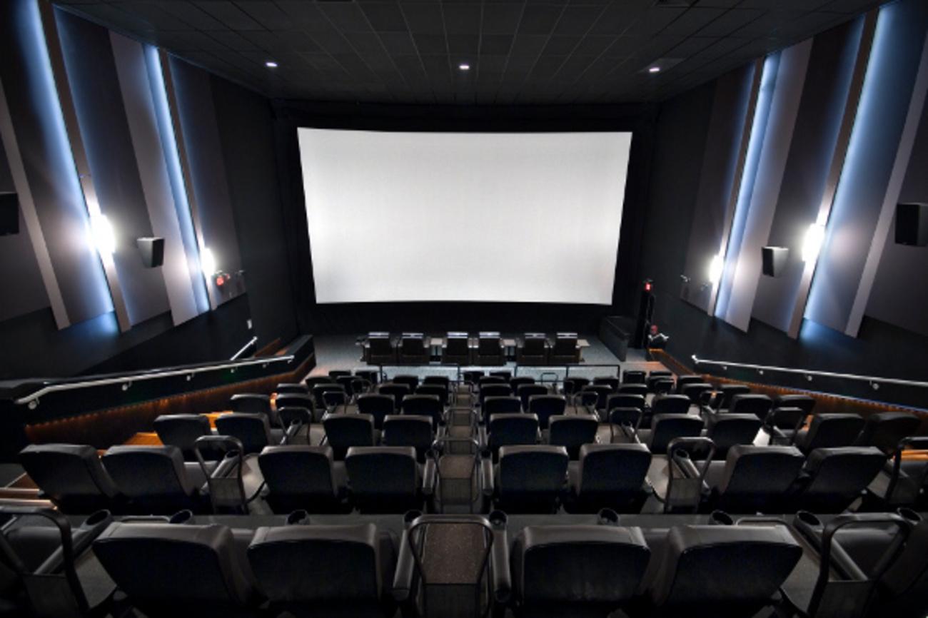 Toronto S Newest Cinema Serves Cocktails Amp Calamari