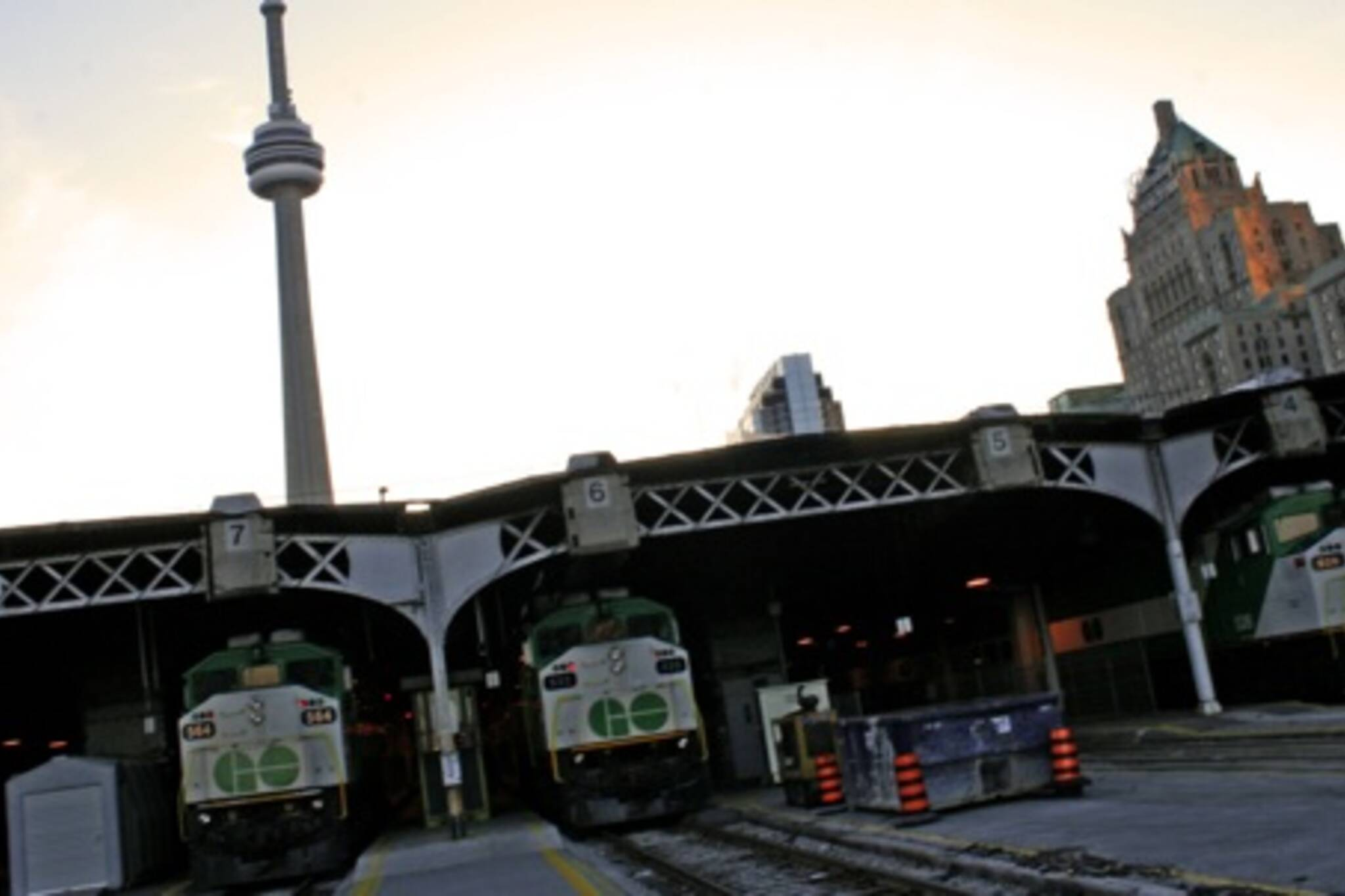 GO Train Delays Toronto