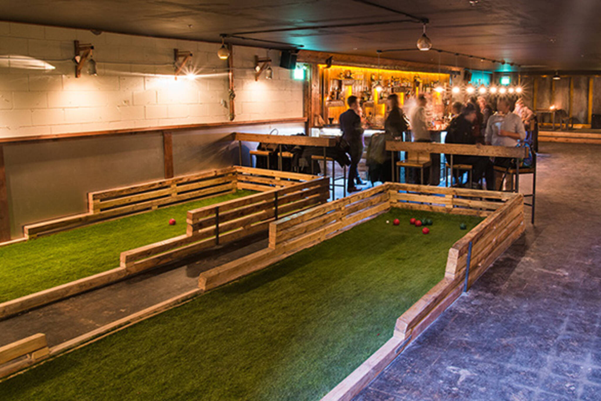 track and field bar