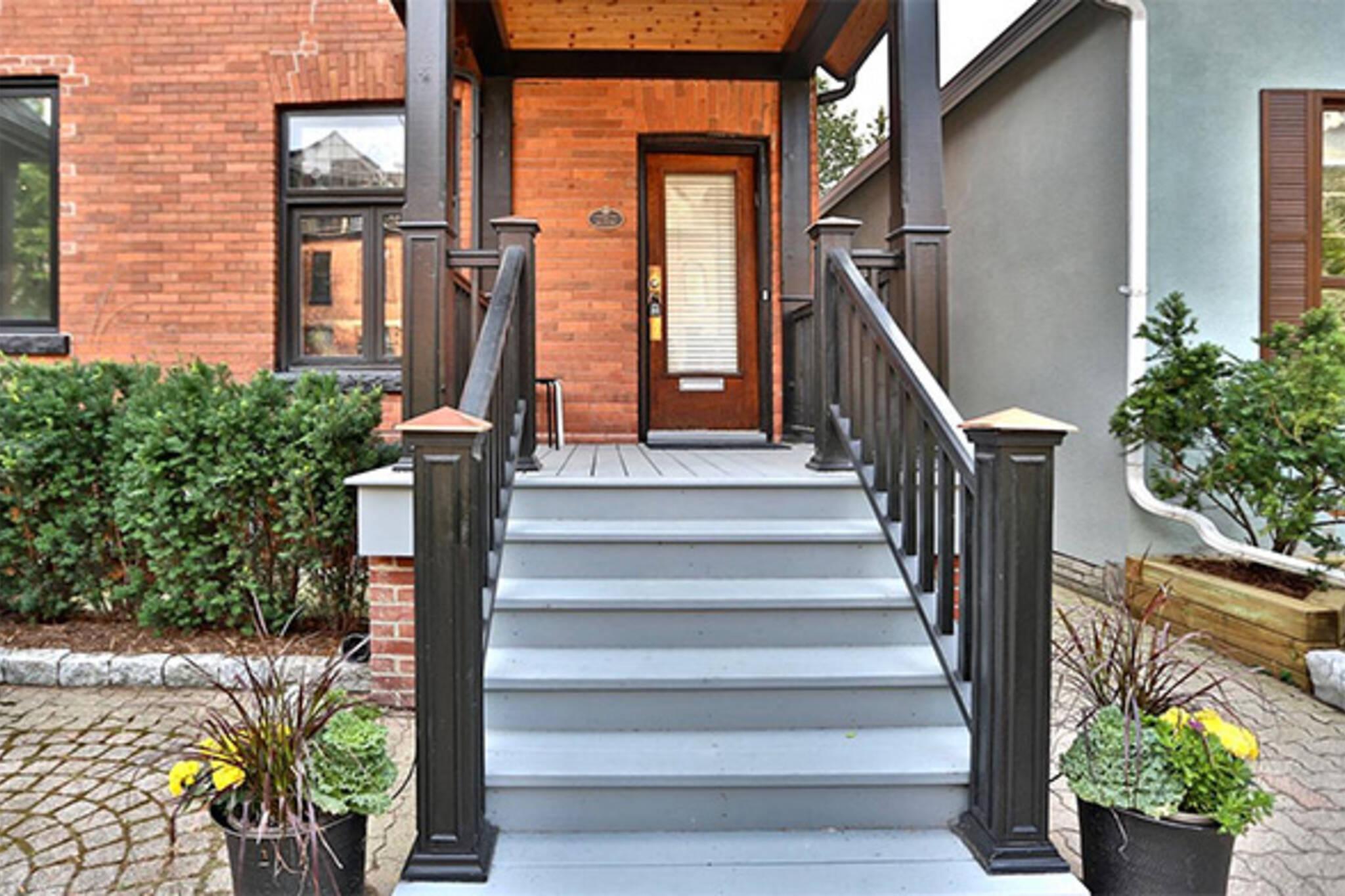 337 Wellesley Street East