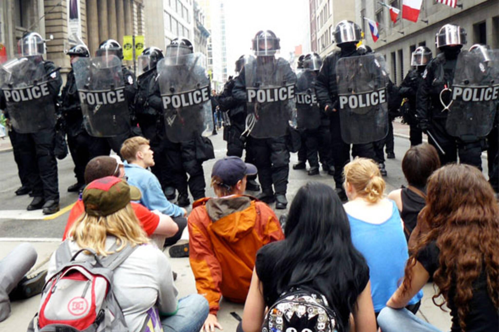 g20 protest videos