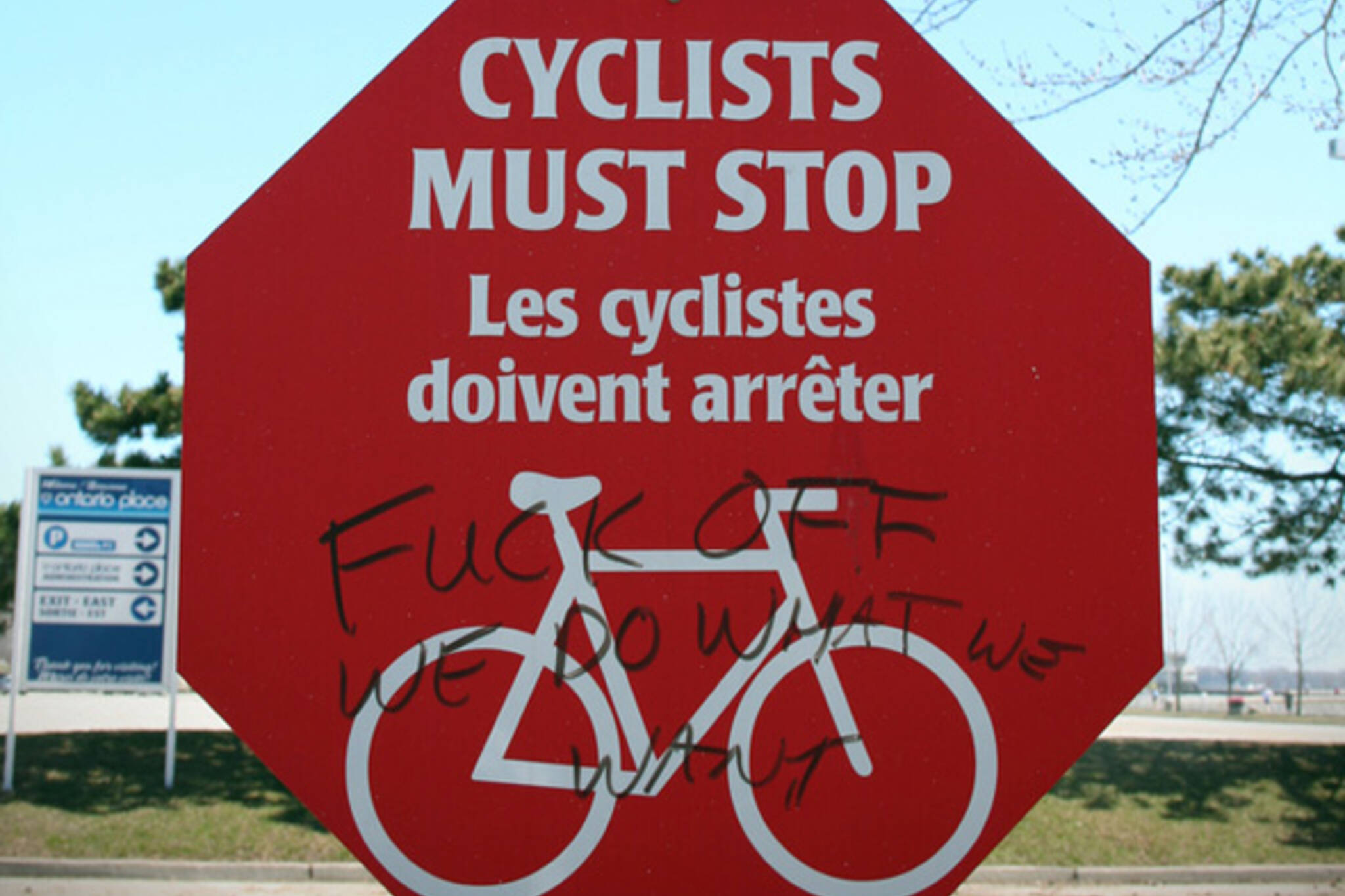 cyclists traffic laws toronto