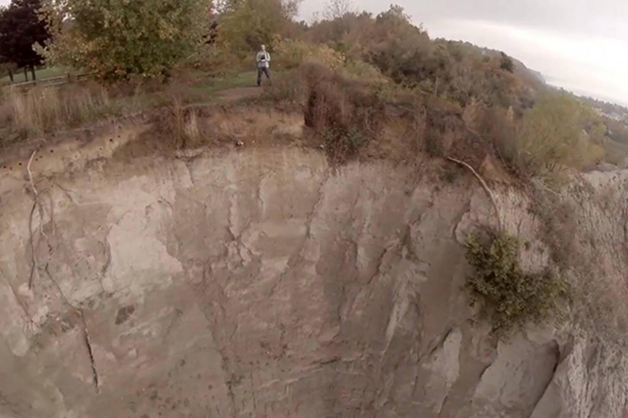 drone selfie scarborough bluffs