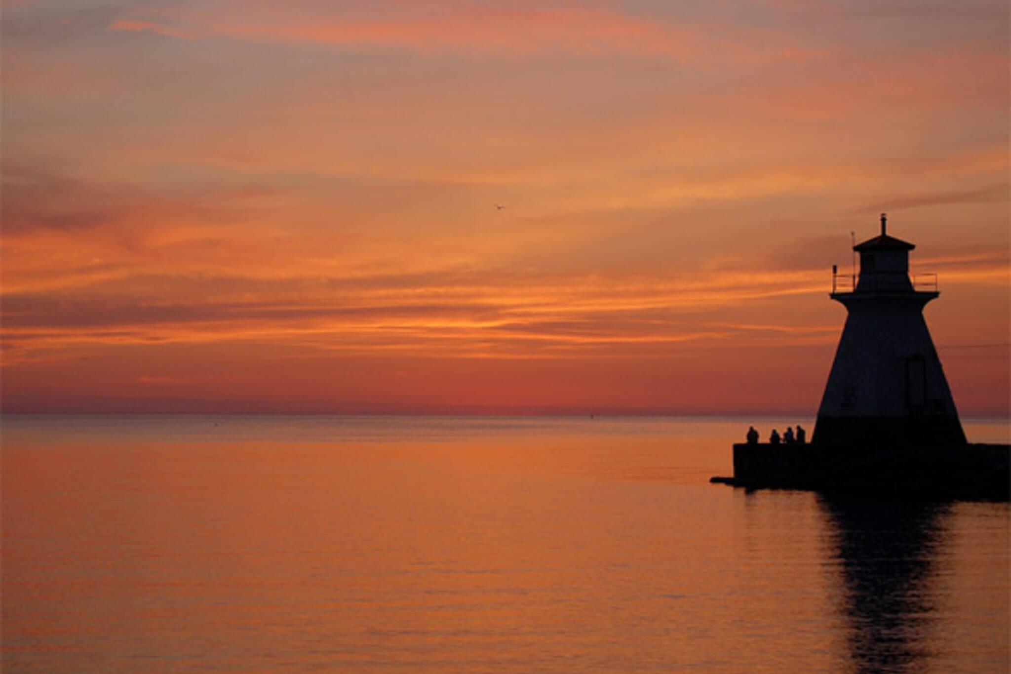 toronto sunset lighthouse